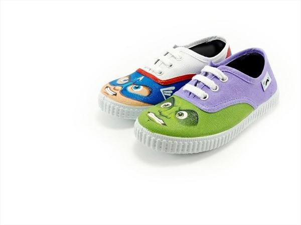 SUPER HEROES zapatillas pintadas (1)